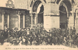H1608 - 27e Jubilé De Notre Dame Du PUY - D43 - Sortie D'un Pèlerinage Par Le Porche Du For - Le Puy En Velay