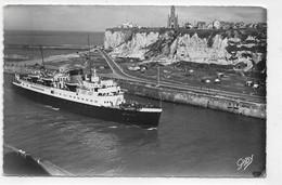 (RECTO / VERSO) DIEPPE EN 1956 - N° 9 - LE BRIGHTON PASSE A LA HAUTEUR DE BON SECOURS - BEAU TIMBRE - FORMAT CPA - 76 - Transbordadores