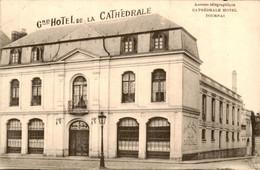 België - Tournai Doornik - Cathedrale HOtel - 1921 - Unclassified