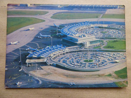 AEROPORT / AIRPORT / FLUGHAFEN      LYON INTERNATIONAL - Aeródromos