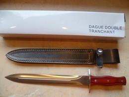 Dagge De Chasse Double Tranchent - Armi Bianche
