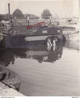 Au Plus Rapide Ecluse Marinier Péniche Nommée Croc Grand Format Argentique Années 50 Excellent état - Boats