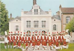 CPM-PHOTO (10) VILLENAUXE La GRANDE Groupe De Majorettes Bataillon Des Gazelles Folklore Traditions Costumes   2 Scans - Otros