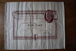 Diplôme Maréchal  PETAIN  Etat Français  Ville De DUNKERQUE   Institut Saint Joseph Année Scolaire 1940 1941 - Diplômes & Bulletins Scolaires