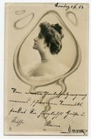 Surréalisme.montage.portrait De Femme Dans La Fumé D'une Cigarette - Women