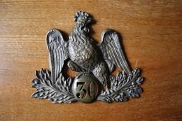Coq De Shako Monarchie De Juillet 1830  30° Régiment D'infanterie Coiffure Militaire - Equipement