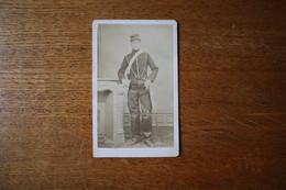 Photographie Militaire Second Empire  Hussard  Képi Avec Hongroise  Avec Sabre Par  ANNET TARBES - Guerre, Militaire