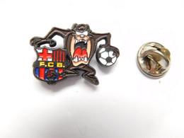 Beau Pin's Pins , Football , FCB ,  Futbol Club Barcelona , BD Comics , Taz , Diable De Tasmanie - Calcio