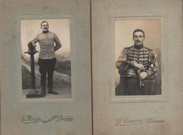 2 PHOTOS DE STUDIO CHASSEUR À CHEVAL CAVALERIE VERS 1900 - Guerra, Militari