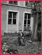 PHOTO Photographie De Presse : Paul LEAUTAUD Ecrivain (devant Sa Maison De 92 FONTENAY-aux-ROSES) 1872 - 1956 - Famous People