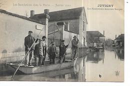 51 - JUVIGNY - Inondations 1910 - Les Sauveteurs Dans Une Barque  (Animée - Beau Plan) - Autres Communes