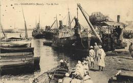 CASABLANCA (Maroc) Vue Du Port Animée Bateaux  Debarquement D'une Vache  RV - Casablanca