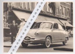 NAMUR   Wallonie 1956  Concours D'élégance Automobile   Panhard Rue De Fer - Automobiles