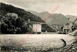 38.  LE SAUTET .  La Centrale Electrique Et Le Pont Arche Sur Le Drac . - Sonstige Gemeinden