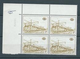 TR 378 B2 ** EN BLOC DE 4 AVEC COIN DATE - 1952-....