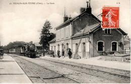Carte Postale 1908 - MEHUN-sur-YEVRE (18) - La Gare - Train - E.M. 25 - - Mehun-sur-Yèvre