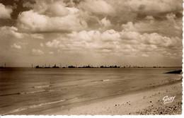 14 Calvados Saint Lauret Vierville Sur Mer Omaha Beach La Digue Exterieur Du Port Artificiel Nature Paysage Plage Mer - Other Municipalities