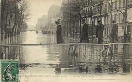 INONDATIONS DE PARIS Janvier 1910 Avenue Ledru Rollin Passerelle RV - Paris Flood, 1910