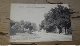 VAOUR : Les écoles Sur L'avenue De Cahors ............... 210531-4790 - Vaour
