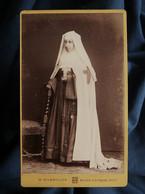 Photo CDV W. Bienmüller à Nice -  Religieuse De L'assomption, Circa 1885-90 L562 - Oud (voor 1900)