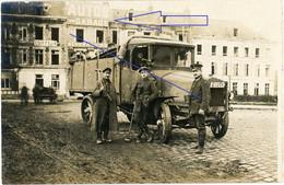Allemande Carte Photo- 02 (Aisne) St Quentin  - Camion Garage Soldaten Büssing LKW Interressant !   WWI 1.WK (1-2) - Unclassified