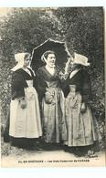 56* VANNES Les Trois Costumes - Vannes