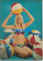 167858 ART ARTE THREE DIMENSIONAL 3 D 3D WOMAN SENSUAL IN SWIMSUIT WITH BALL 22 X 15.5 CM NO POSTAL POSTCARD - Non Classificati