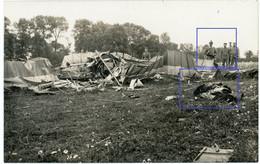 Allemande Carte Photo - 02 (Aisne) Abgeschossenes British Flugzeug Toter Pilot (2-3)- WWI 1.WK Guerre 14/18 - 1914-18