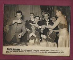 210821 - PHOTO PARIS PRESSE - ARTISTE CABARET - JOSEPHINE BAKER Galette Des Rois Fève Louis D'or - Meneuse Revue - Berühmtheiten