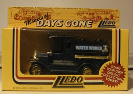 LLEDO - VEHICULE COMMERCIAL : WATER WORKS - Other