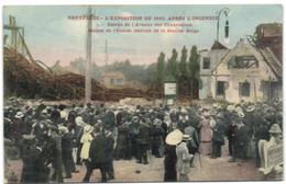 Bruxelles L'Exposition De 1910 - Après L'Incendie - Entrée De L'Avenue Des Concessions - Ruines De L'Entrée Latérale De - Universal Exhibitions
