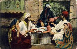 ÉGYPTE  Famille Indigène Prenant Son Repas - Sin Clasificación