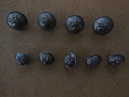 Lot De 9 Boutons Militaires Argtentés Avec Grenade Diamètre 17 Et 20 Mm - Botones