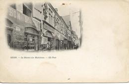 51 - Reims - La Maison Des Musiciens.** Façade Au Bon Marché ** CPA  ND Phot. **précurseur** - Reims
