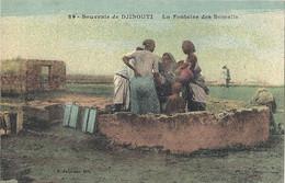 CPA Souvenir De Djibouti Cote Des Somalis La Fontaine Des Somalis - Somalië