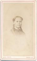 CDV - Portrait D'une Jolie Femme Noire, Métis (antillaise Ou Africaine ?) Par Cayol Frères à Marseille (Ca 1870) - Alte (vor 1900)