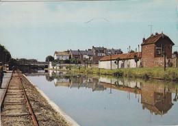 02 SAINT QUENTIN 1971 Le Canal , Ligne De Chemin De Fer - Saint Quentin