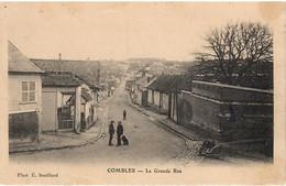 COMBLES  LA GRANDE RUE - Other Municipalities