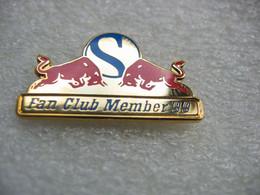 Pin's Du Fan Club Member 99 De La Team SAUBER - F1