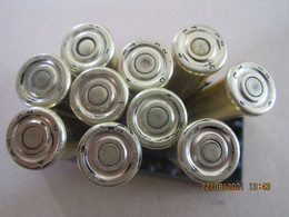 10 Cartouches 8 Mm Lebel Datées 31 - 32 -33 Ogive Cuivre ( Neutralisées) - Ausrüstung