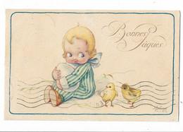 CARD BERTIGLIA BUONA PASQUA BIMBO STRINGE GROSSO UOVO PULCINI LO GUARDANO  -FP-V-2-0882-30131 - Bertiglia, A.