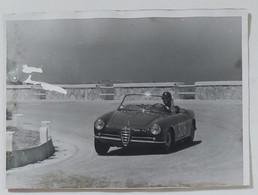 10851 Foto D'epoca 235 - Alfa Romeo Giulietta Spider - Corsa Monte Erice - Automobili