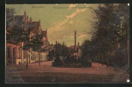 AK Bielefeld, Obernthorwall Mit Kriegerdenkmal - Bielefeld