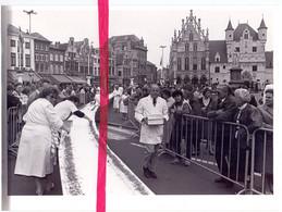 Foto Persfoto - Mechelen - Bakken Grootste Taart - Fotograaf Luc Peeters - Zonder Classificatie