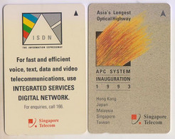 Singapore Old Phonecards Singtel Communications Network Used 2 Cards - Singapore