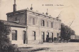 (197) CPA  Lezoux  La Gare - Lezoux