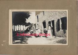 à Voir-En 1905-LALOUVESC (07)-cliché Amateur-Ferme Du Boulevard Des élégants-belle Animation-charrette Foin-famille - Lieux