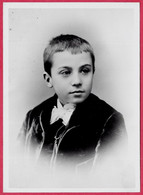Photographie De Presse (Repro) VALERY LARBAUD Enfant, Poète Ecrivain (03 VICHY 1881 - 1957) - Beroemde Personen
