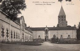 Cluny écuries Et Cour Intérieure Des Haras  Chevaux - Elevage