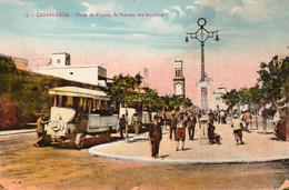 CASABLANCA (Maroc) à Petit Prix - Place De France- La Station Des Autobus - Cpa Vierge - Bon état - Casablanca